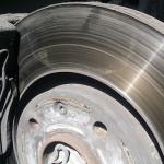 Замена тормозных колодок на Пежо Партнер