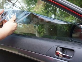 как снять тонировку и клей со стекла автомобиля